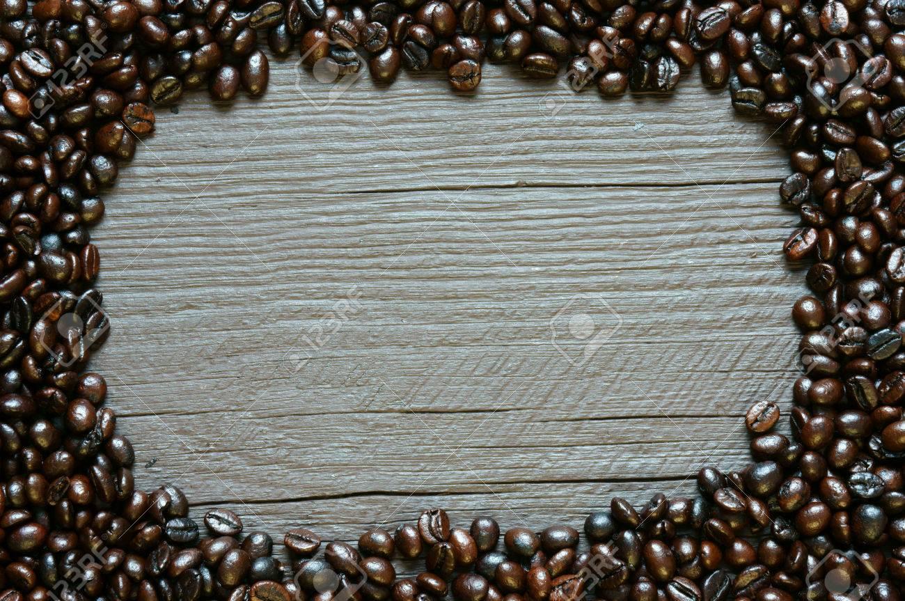 Kaffeebohne Hintergrund Auf Holz Textur, Braun Cafe Bohnen Und ...