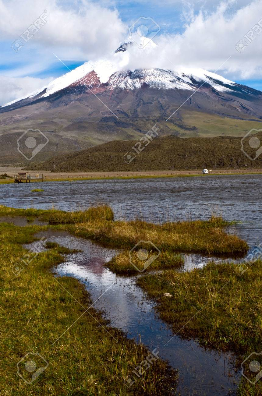 Limpiopungo Lagoon At The Foot Of The Volcano Cotopaxi Latacunga - Metres above sea level