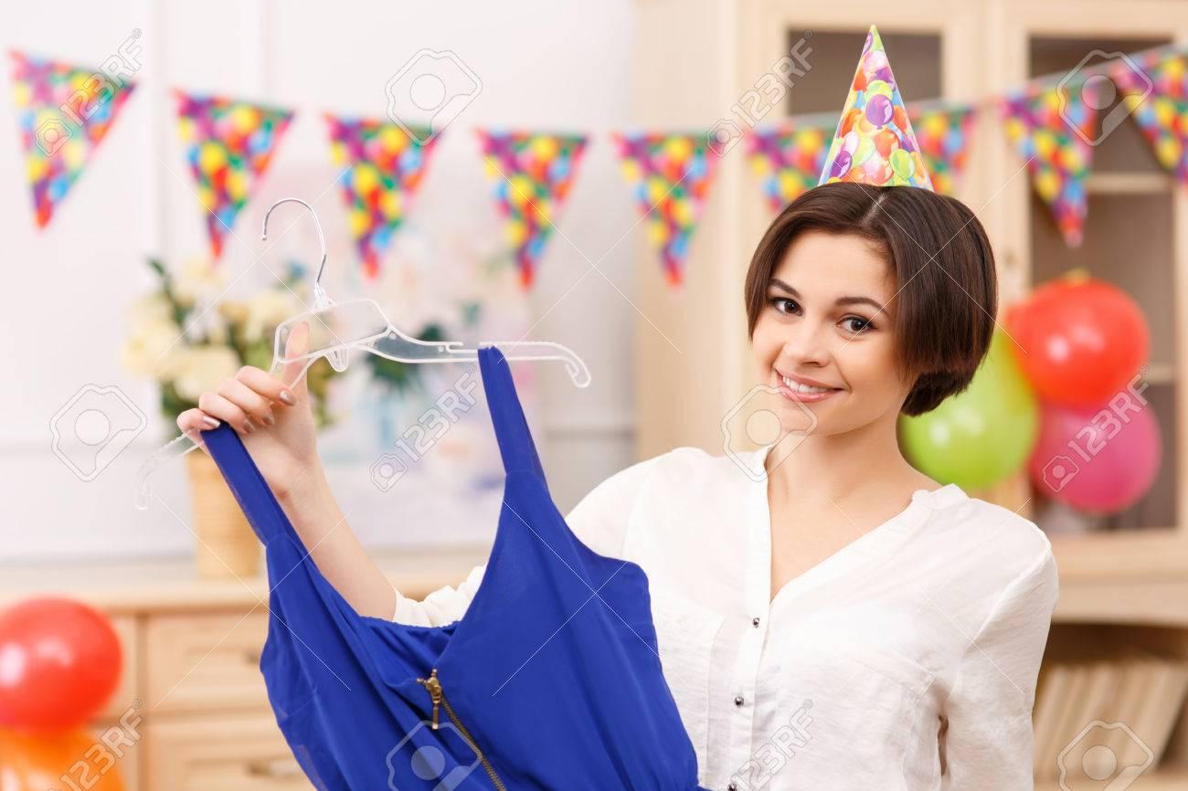 Geburtstag Outfit Junge Attraktive Madchen Ist Ihr Besonderes