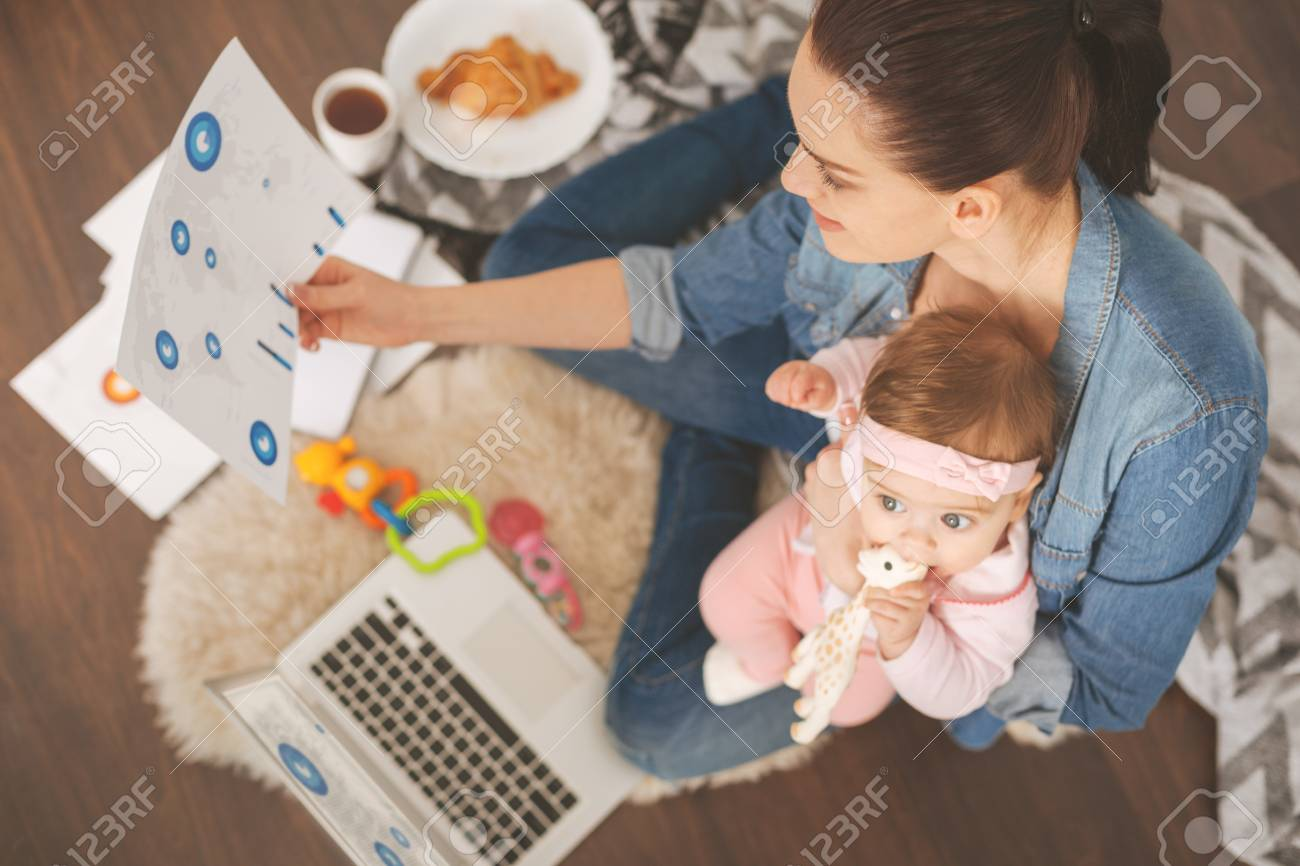 single mom working from home