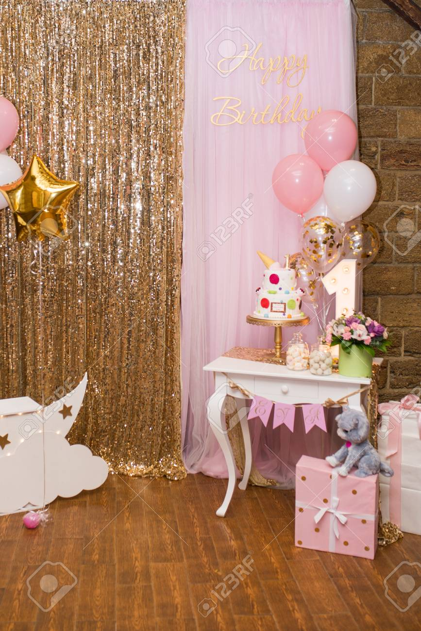 Childrens Photo Zone With Sweets And A Balloons Decorations For One Year Old Girls