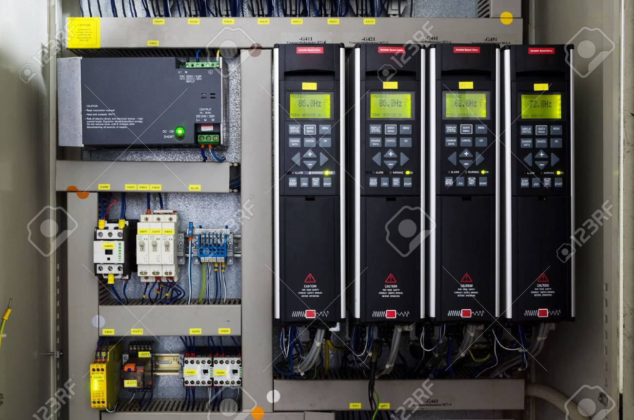 Variable speed drive inverter converter, unit for voltage stabilization - 73568099