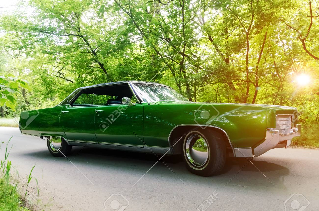 NEVINOMYSSC, RUSSIA - MAY 13, 2016: Automobiles. Offsite Photography ...