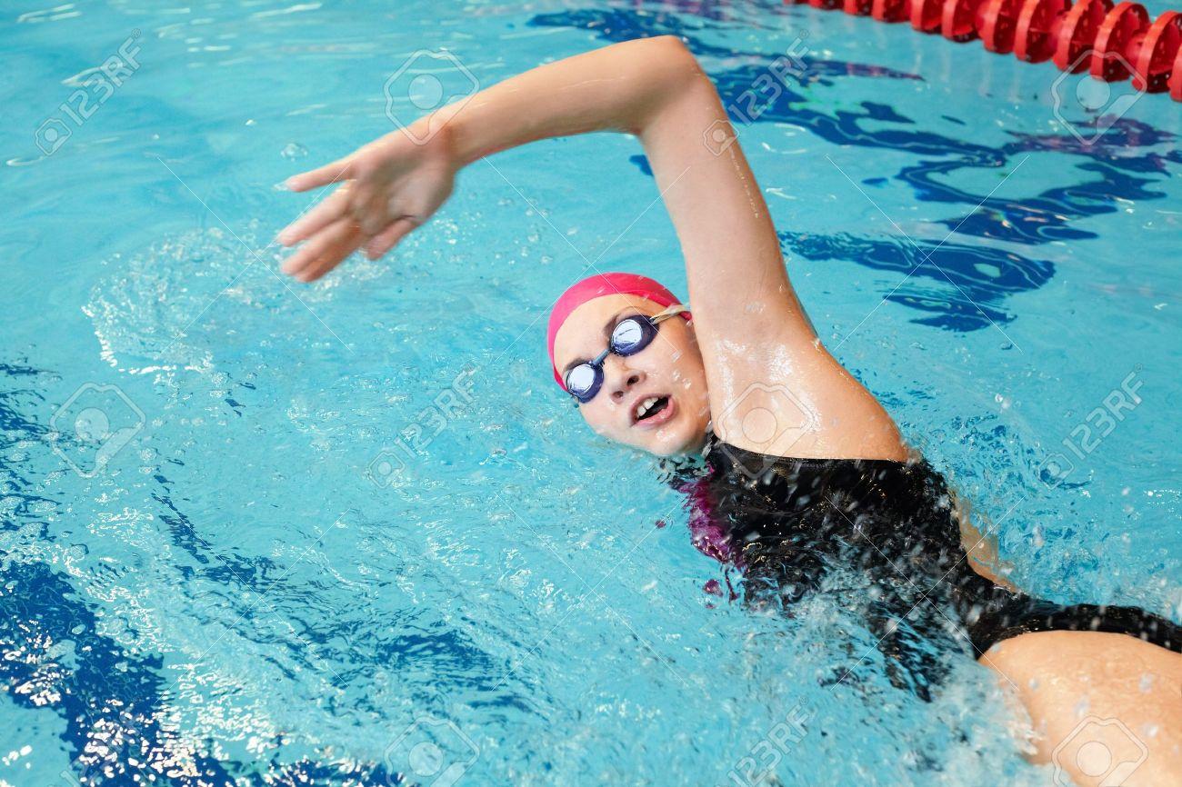 Ролики о курьезных случаях сдевушками в плавательном бассейне смотреть онлайн3333666555222 19 фотография