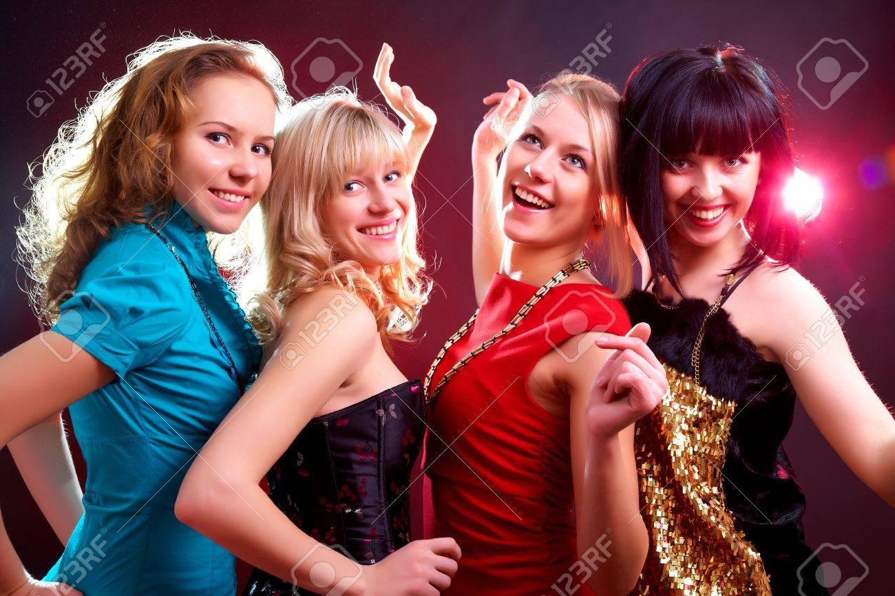 Фото русских девушек на вечеринке 3 фотография