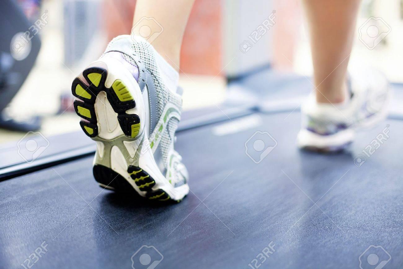 Frau muskulöse beine Muskulöse Beine