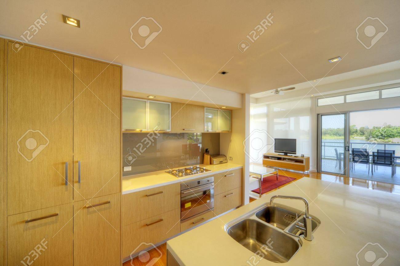 modern integrated kitchen Stock Photo - 9084766