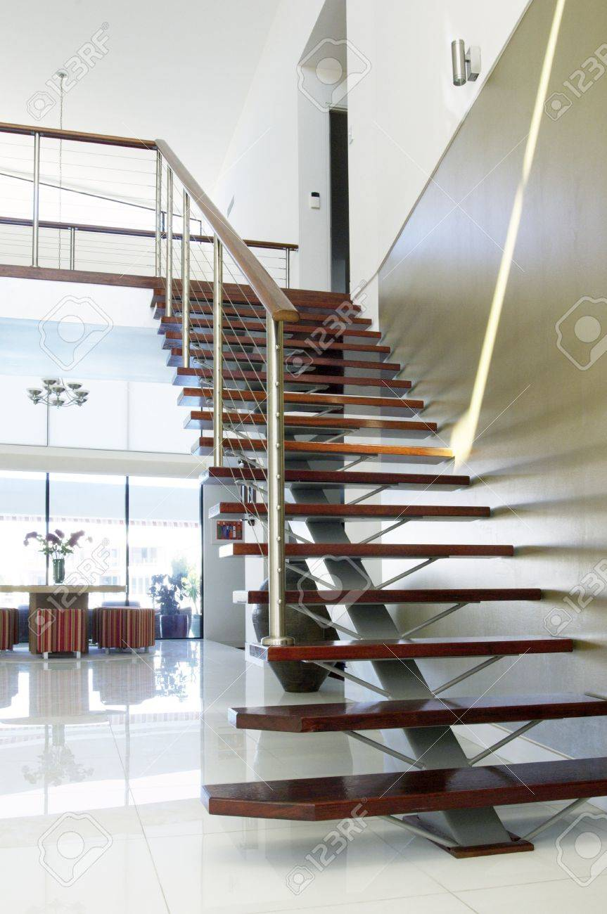 Staircase nd trium Of Modern Luxury House Stock Photo, Picture ... - ^