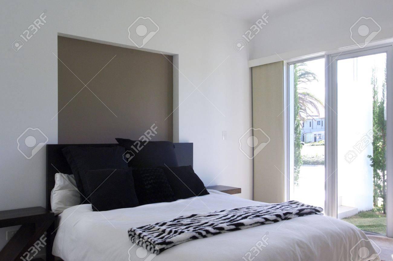 Moderne Luxus Schlafzimmer Lizenzfreie Fotos, Bilder Und Stock ... | {Moderne luxus schlafzimmer 90}