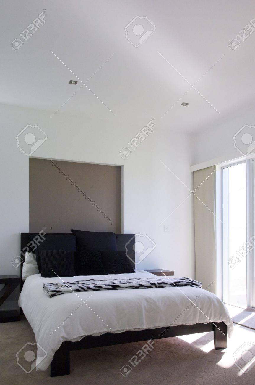 Moderne Luxus Schlafzimmer Standard Bild   9084727