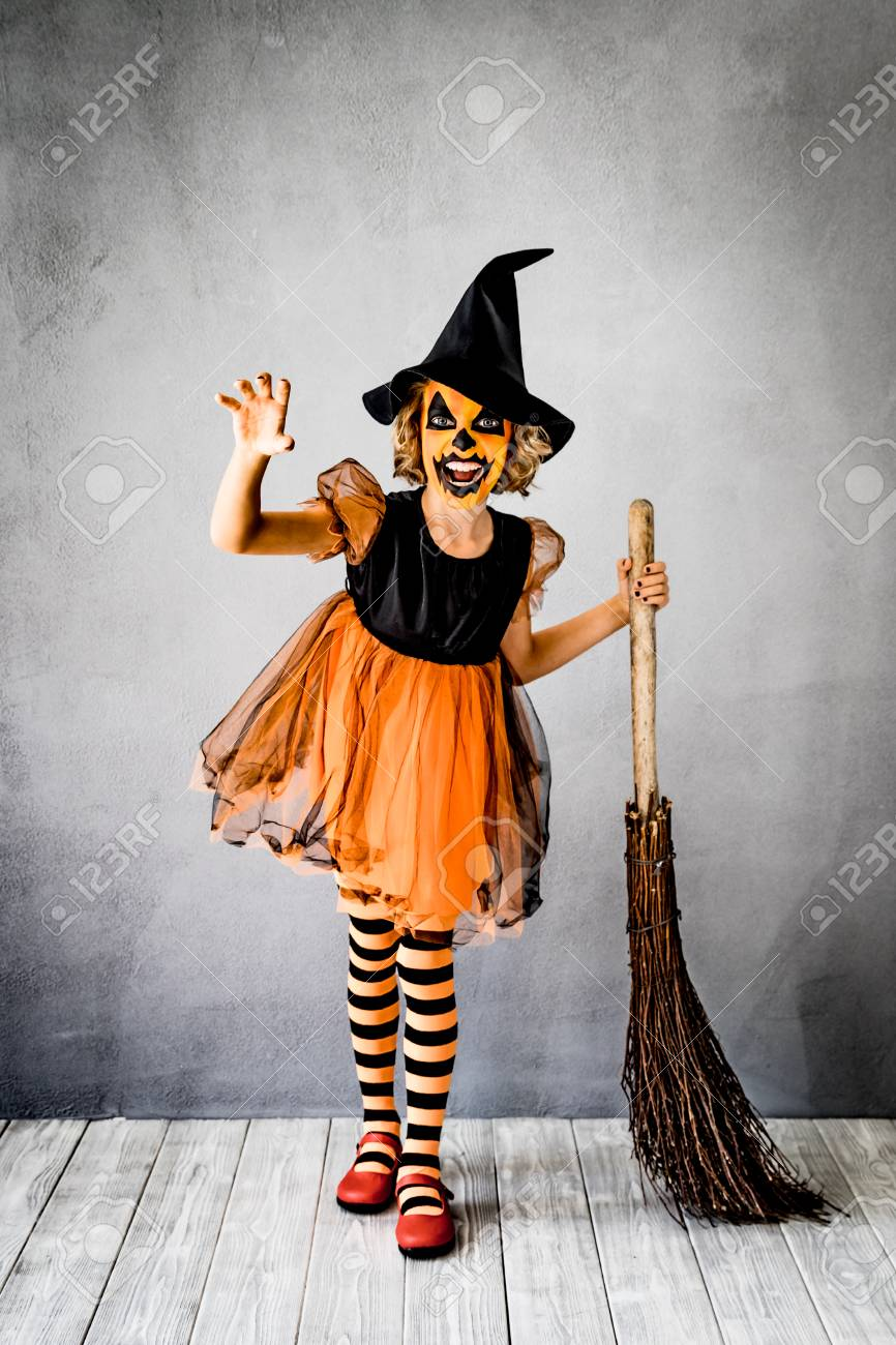 Lustiges Kind Gekleidet Hexe Kostum Kind Gemalt Schrecklichen