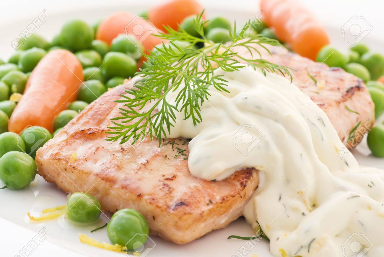 Salmon with vegetables - 9034868