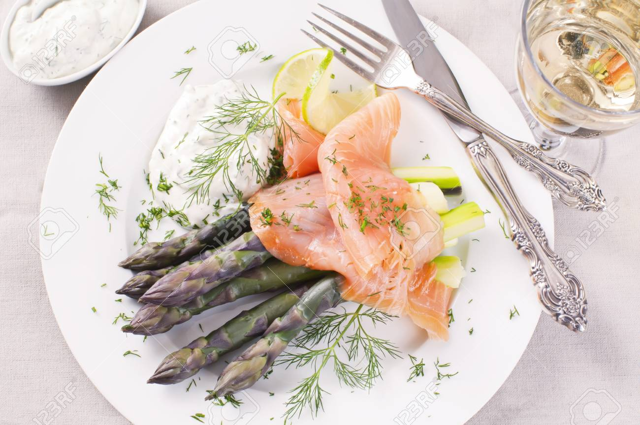 Asparagus with Smoked salmon Stock Photo - 10048024