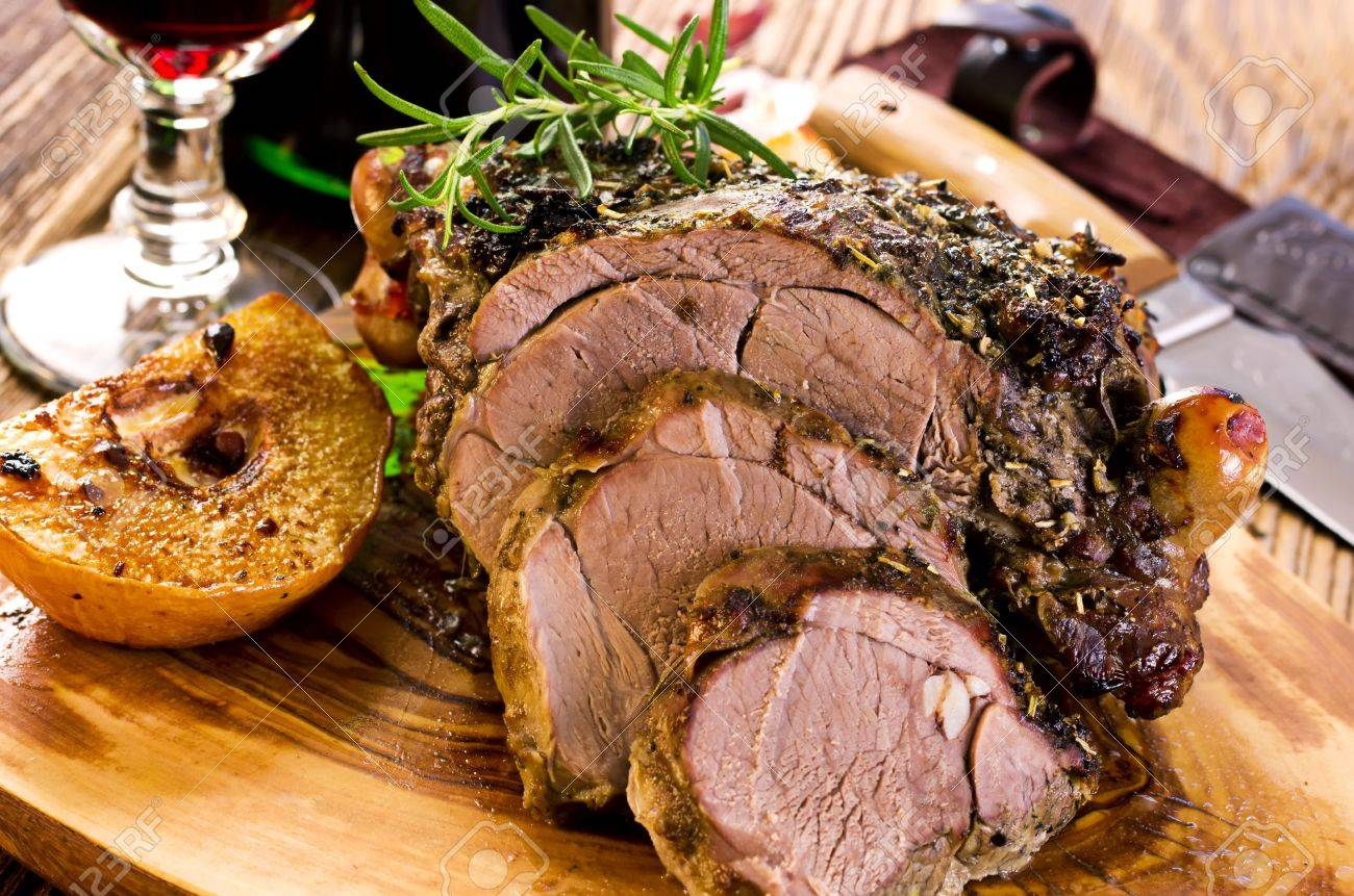 lamb roast Stock Photo - 18976201