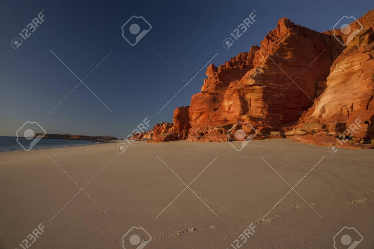Western Australia rocky coastline with red colored rocks at Dampier Peninsula - 78814955