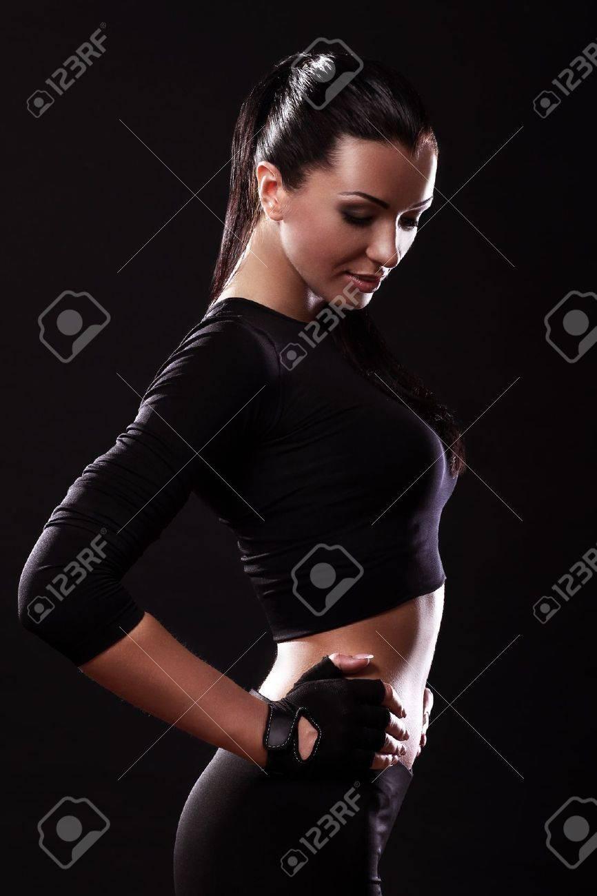 nero ragazza sexy grandi tette succhiare il cazzo grosso
