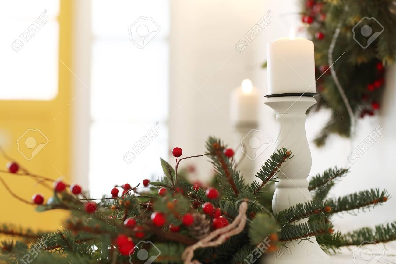 Decorazioni Per Casa Di Natale : Interni e design. decorazioni per la casa di natale foto royalty
