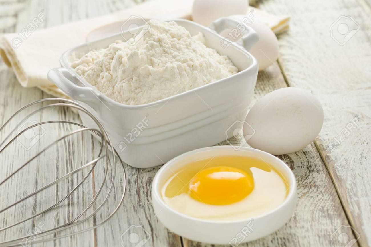 Flour, eggs Stock Photo - 16268098