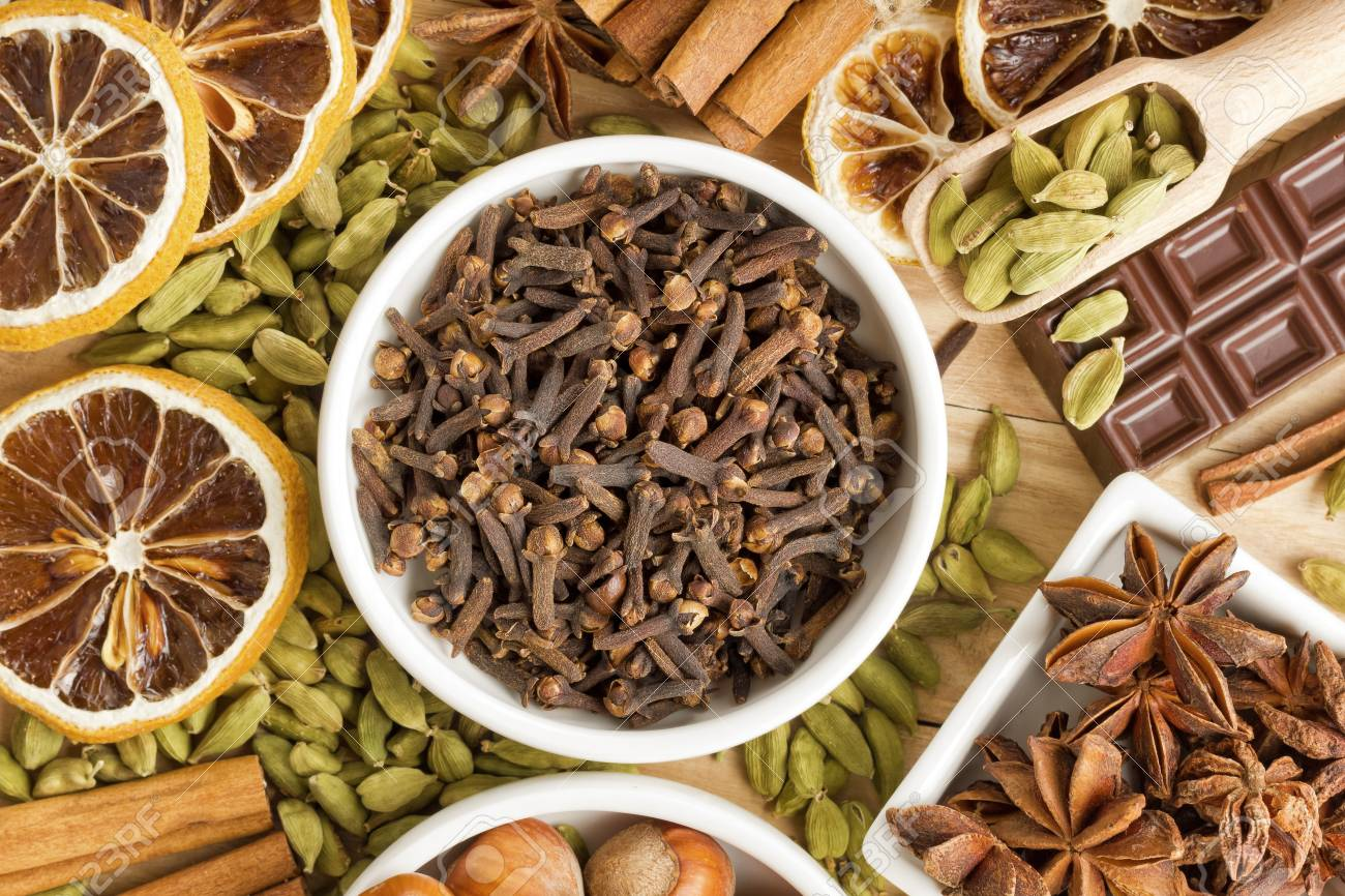 Aromatic spices Stock Photo - 16719946