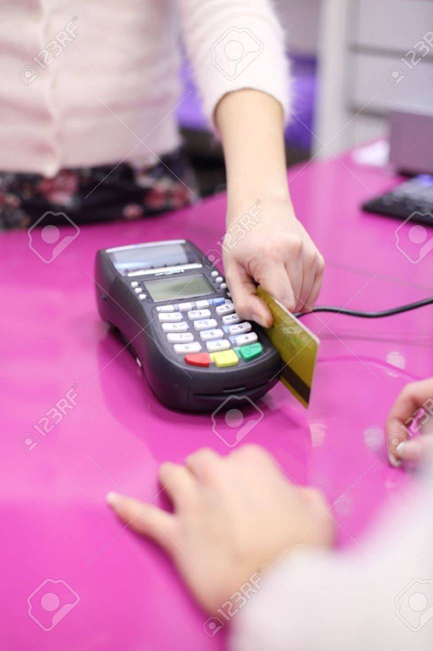 credit card sale in shop Stock Photo - 8437868