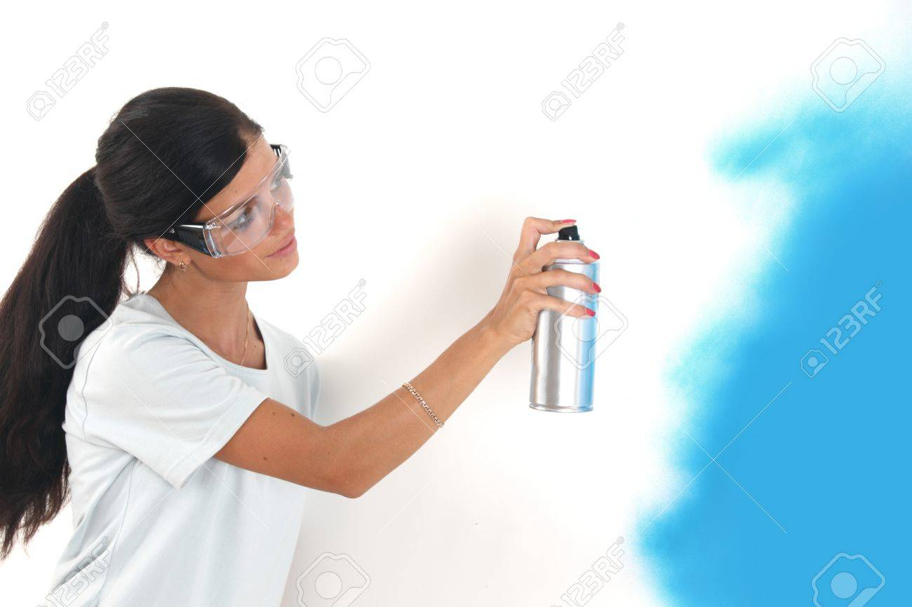 woman paints the wall of balon Stock Photo - 8744022