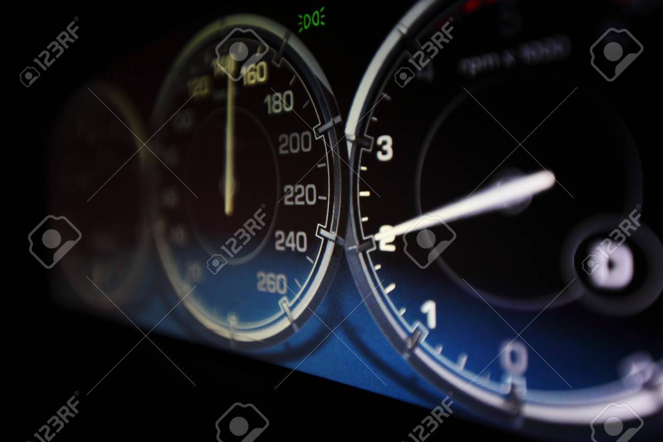 speedometer in car close up Stock Photo - 14108428
