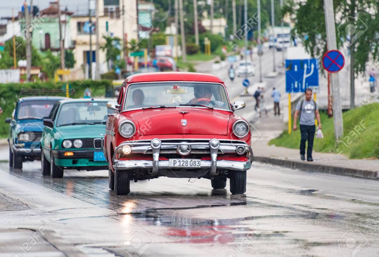 Cuba Tourism: Old Vintage American Cars In Santa Clara, Cuba.. Stock ...