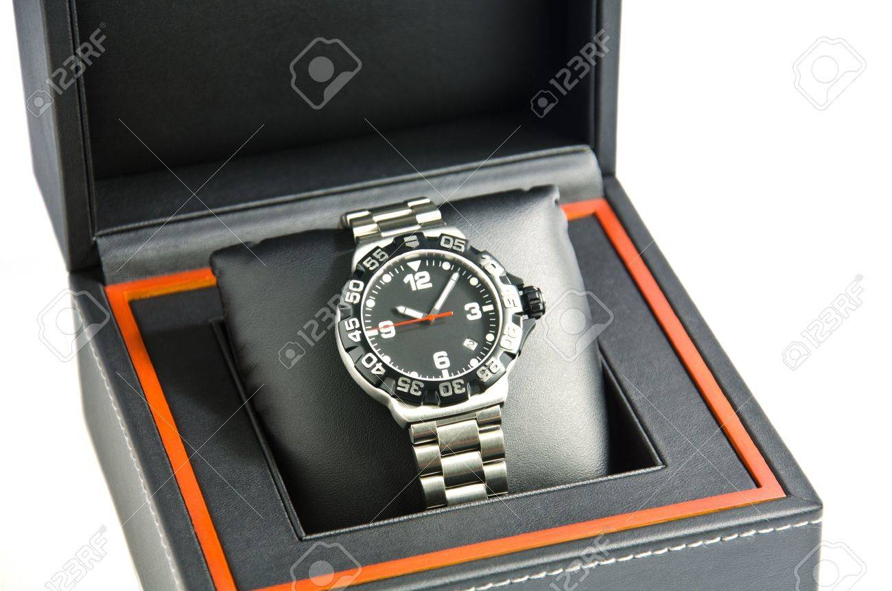 Wristwatch in the box. - 11187935