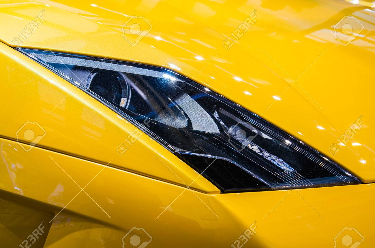 Bangkok March 25 Headlight Of Lamborghini Gallardo Lp560 4 Stock
