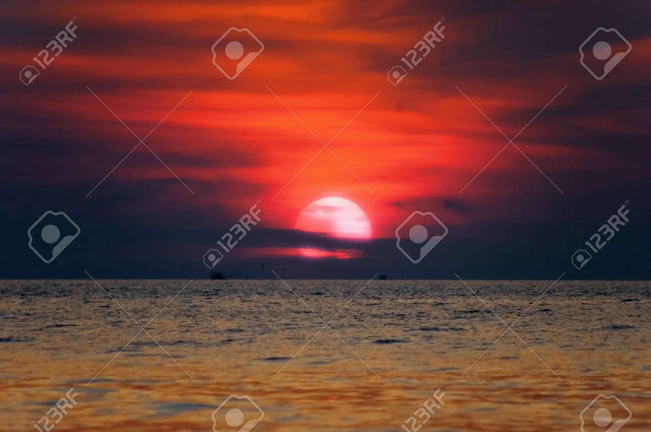 sea sunset Stock Photo - 2799823
