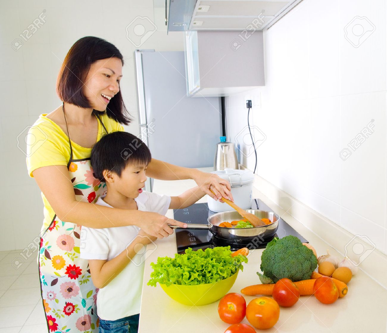 Asian Mom With Son In Kitchen Naked Girls - planetpeople.info