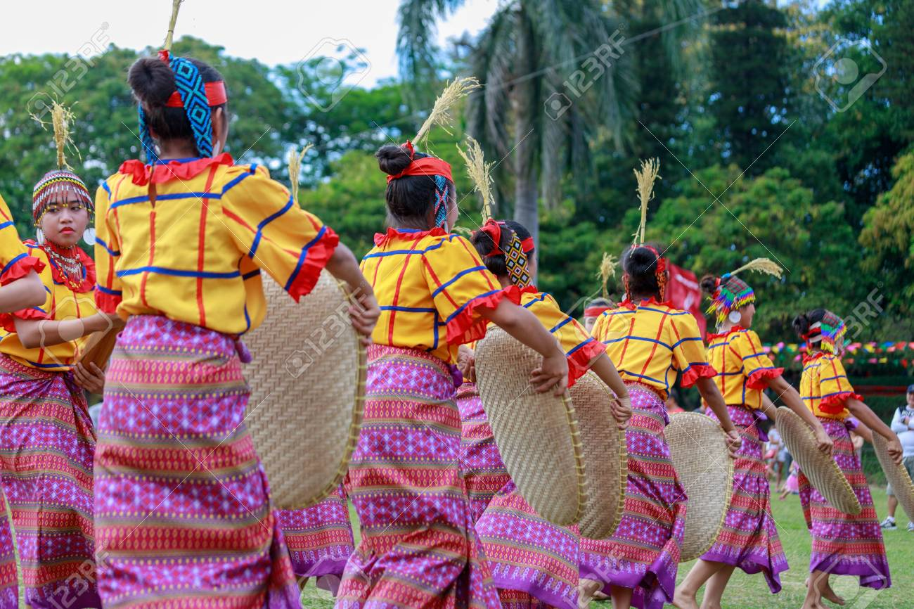 Manila, Philippines - Feb 4, 2018 : Student dancer wearing Philippines traditional costume at Rizal park in Manila city. - 95416529