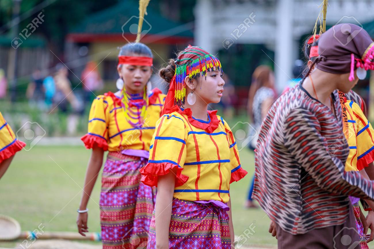 Manila, Philippines - Feb 4, 2018 : Student dancer wearing Philippines traditional costume at Rizal park in Manila city. - 95213655