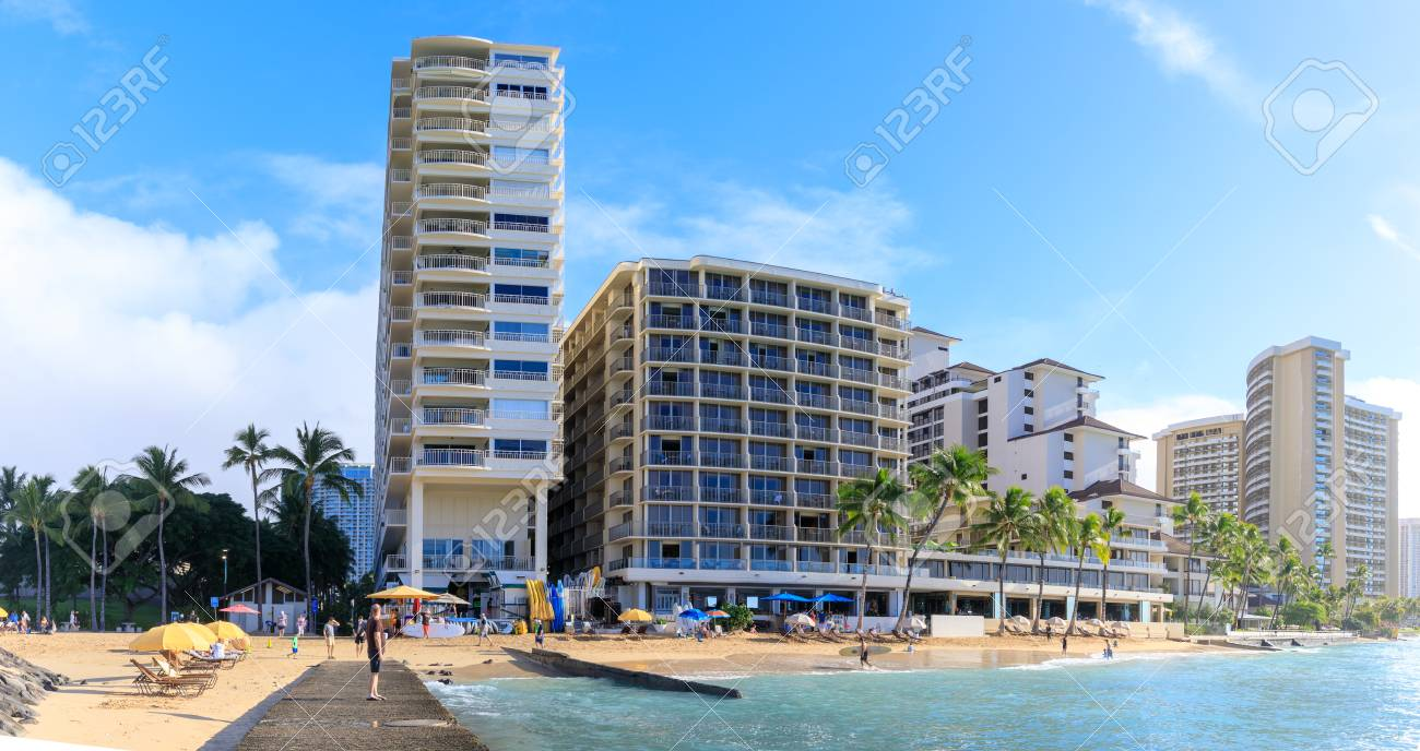 Honolulu Hawaii Dec 25 2018 View Of The Luxury Beachfront