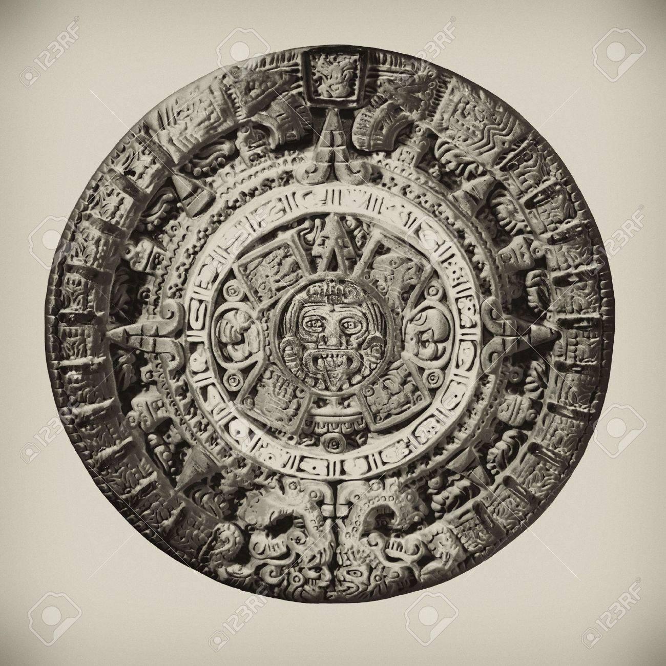 Calendario Azteca Fondos De