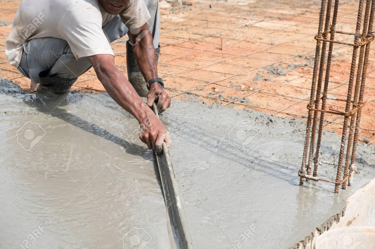 Gipser Estrich Beton Fur Boden Im Bau Lizenzfreie Fotos Bilder Und