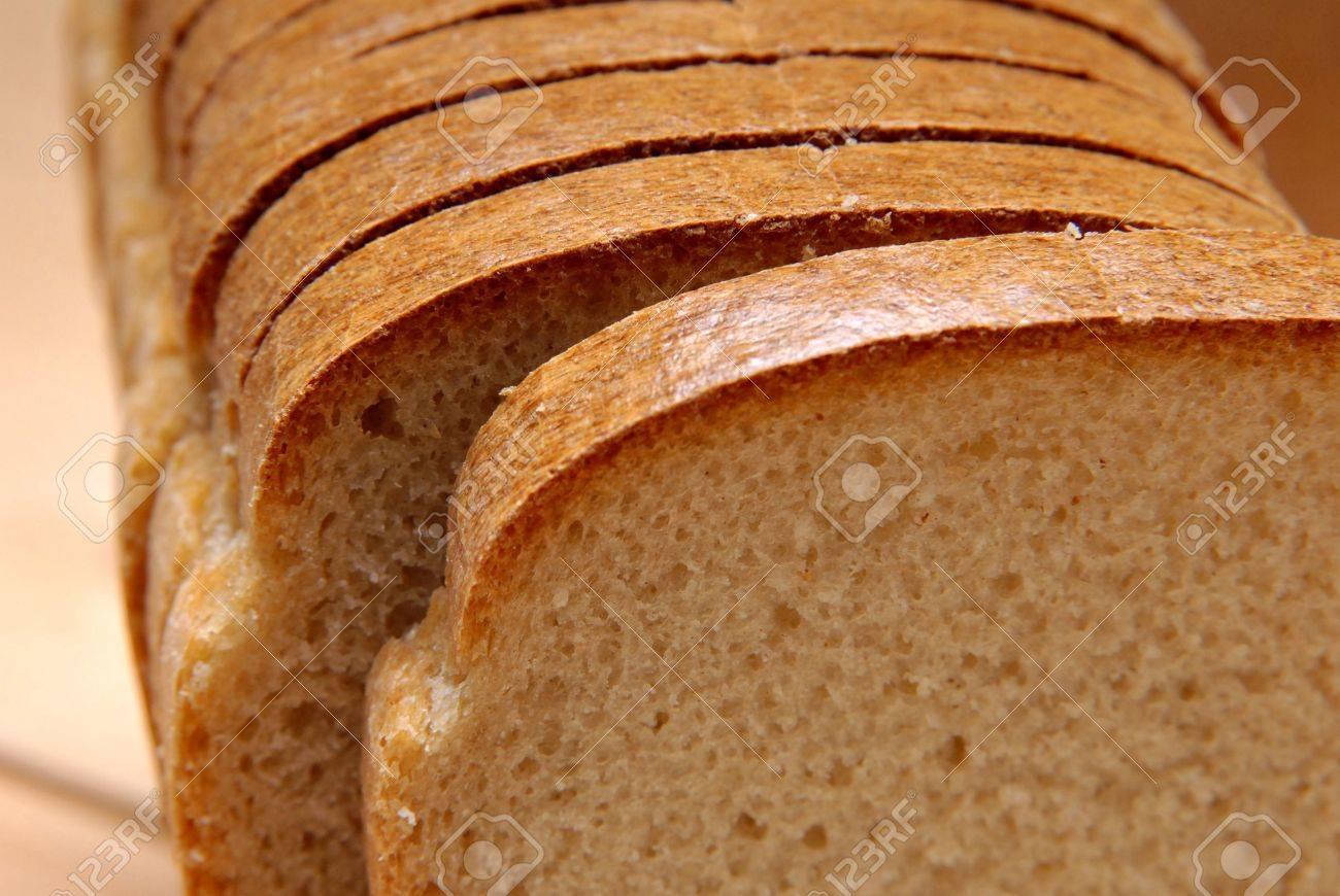 パンは、カットのけちん坊 ロイ...