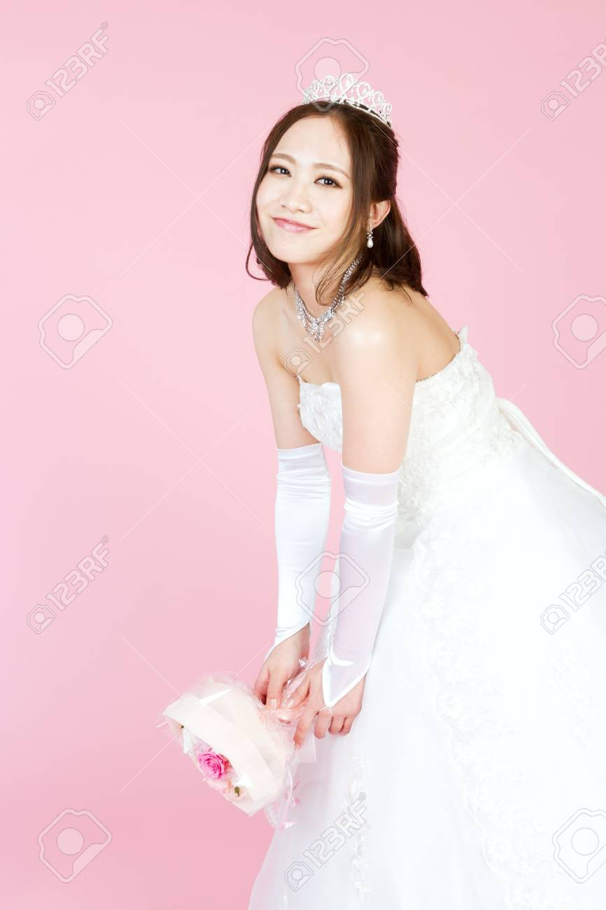 the-asian-woman-bride