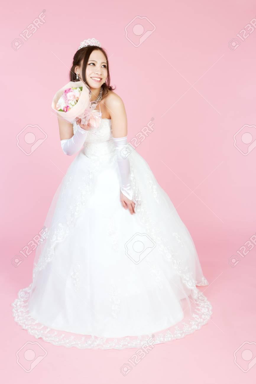 Vistoso Vestido De Novia Para Las Mujeres Embarazadas Ornamento ...