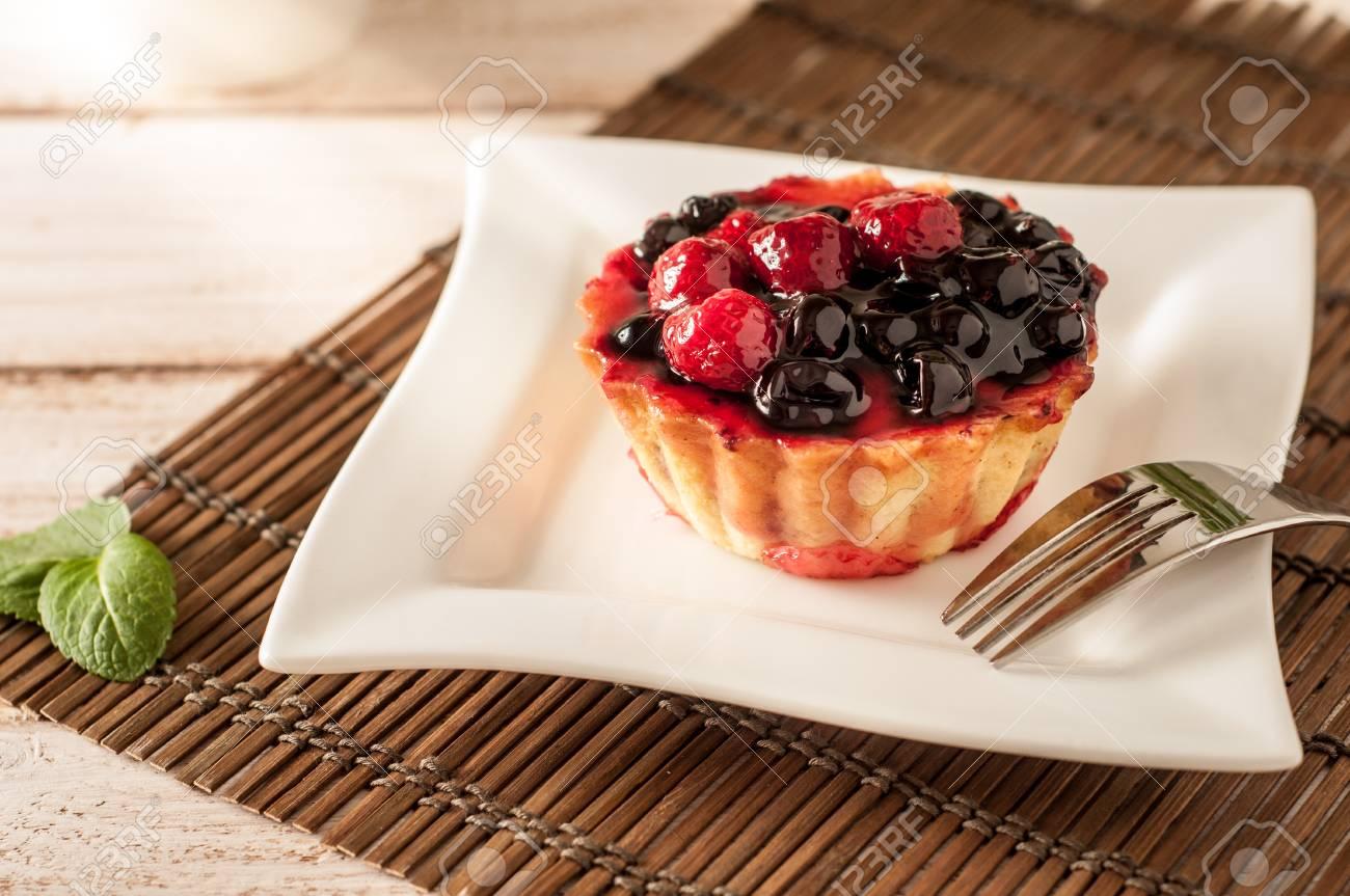 Frischer Beerentartlet Oder Kuchen Fullten Mit Kostlichem Nachtisch