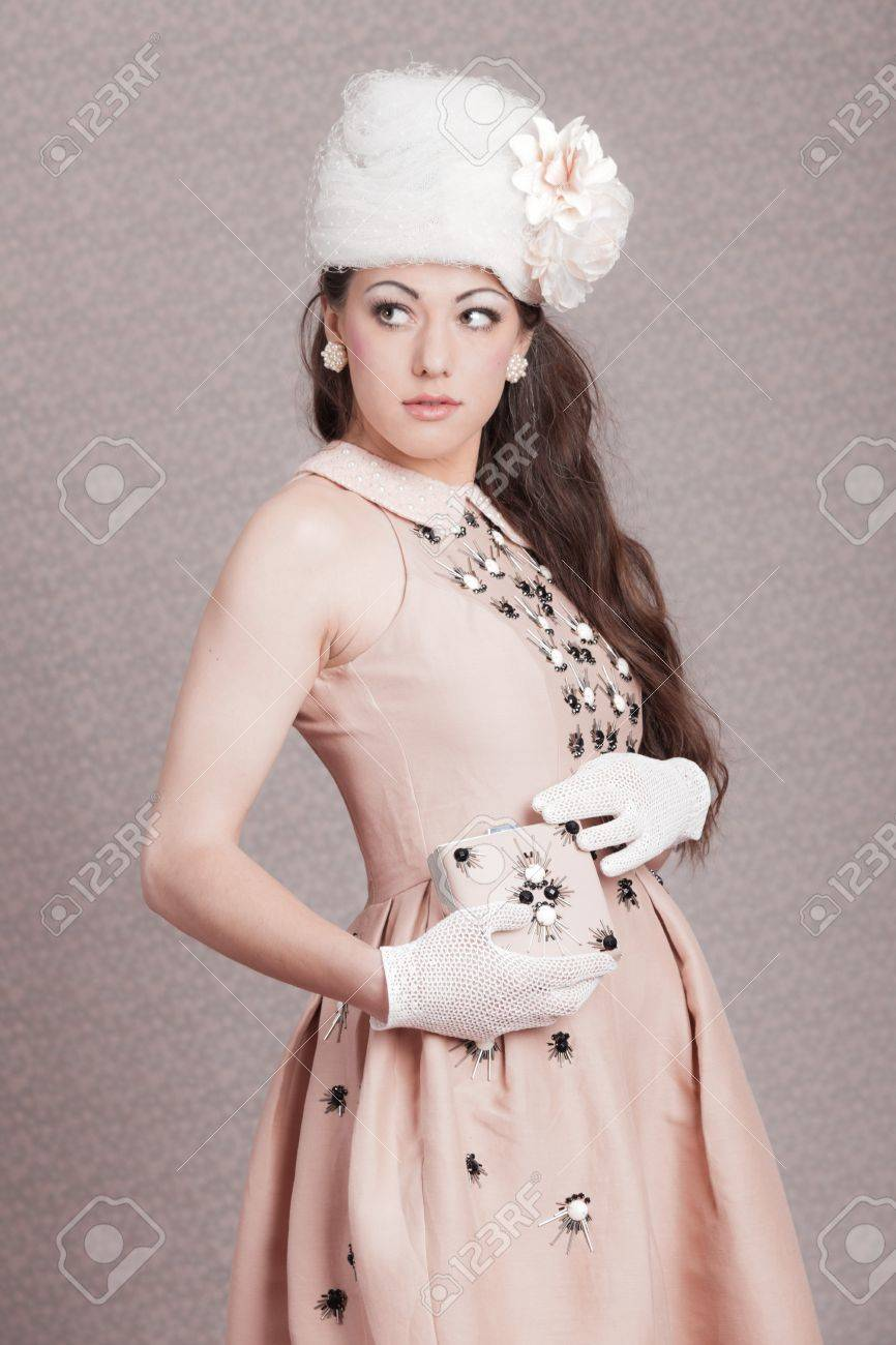 Romantic Vintage Fashion Woman Pink Dress And White Hat Flower