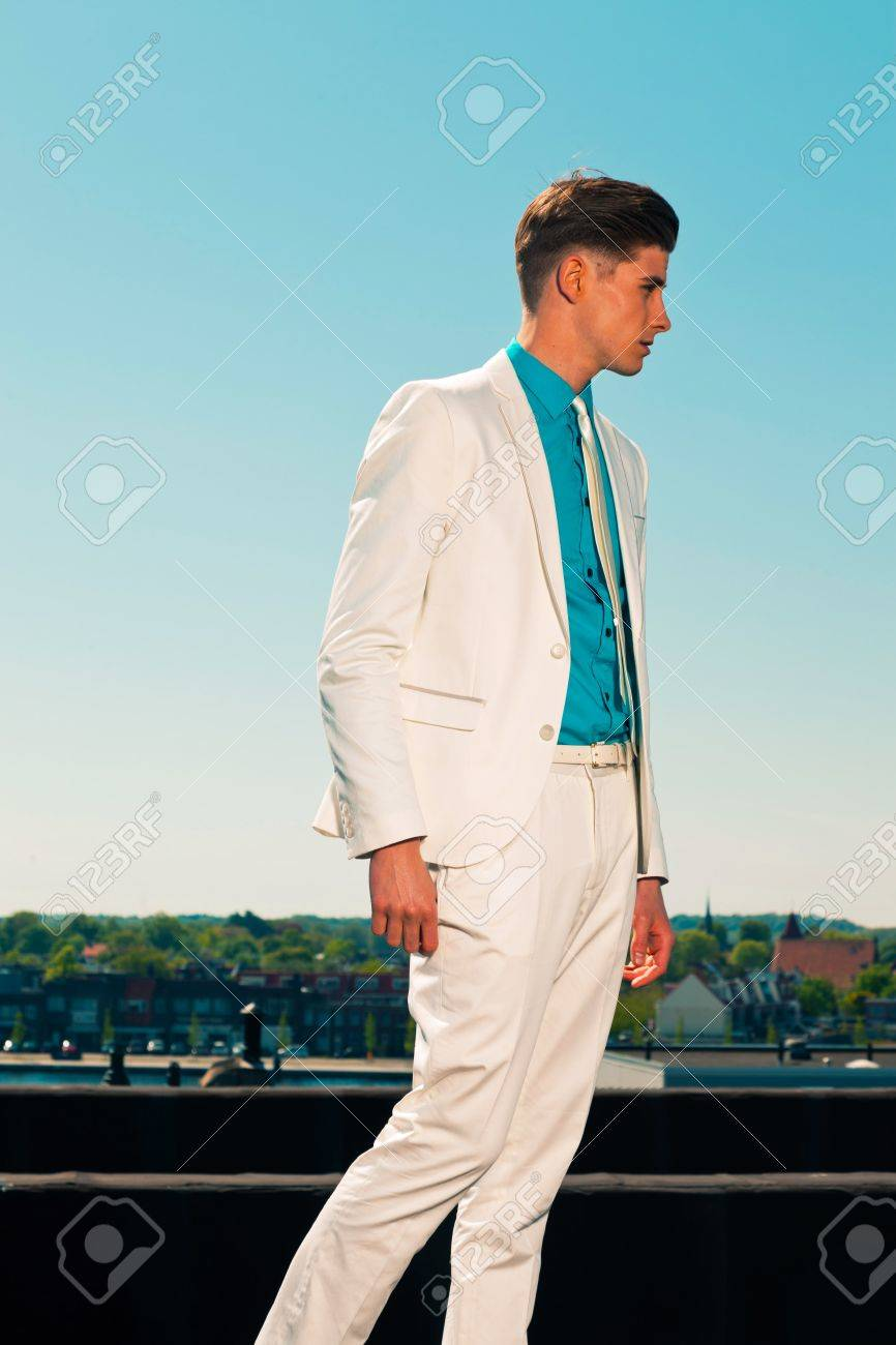 Vintage summer fifties fashion man wearing white suit and tie Stock Photo - 19879533