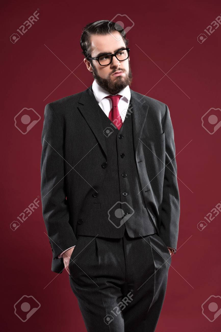 Pleasant Retro 1900 Fashion Man With Beard Wearing Grey Suit Red Tie And Short Hairstyles Gunalazisus