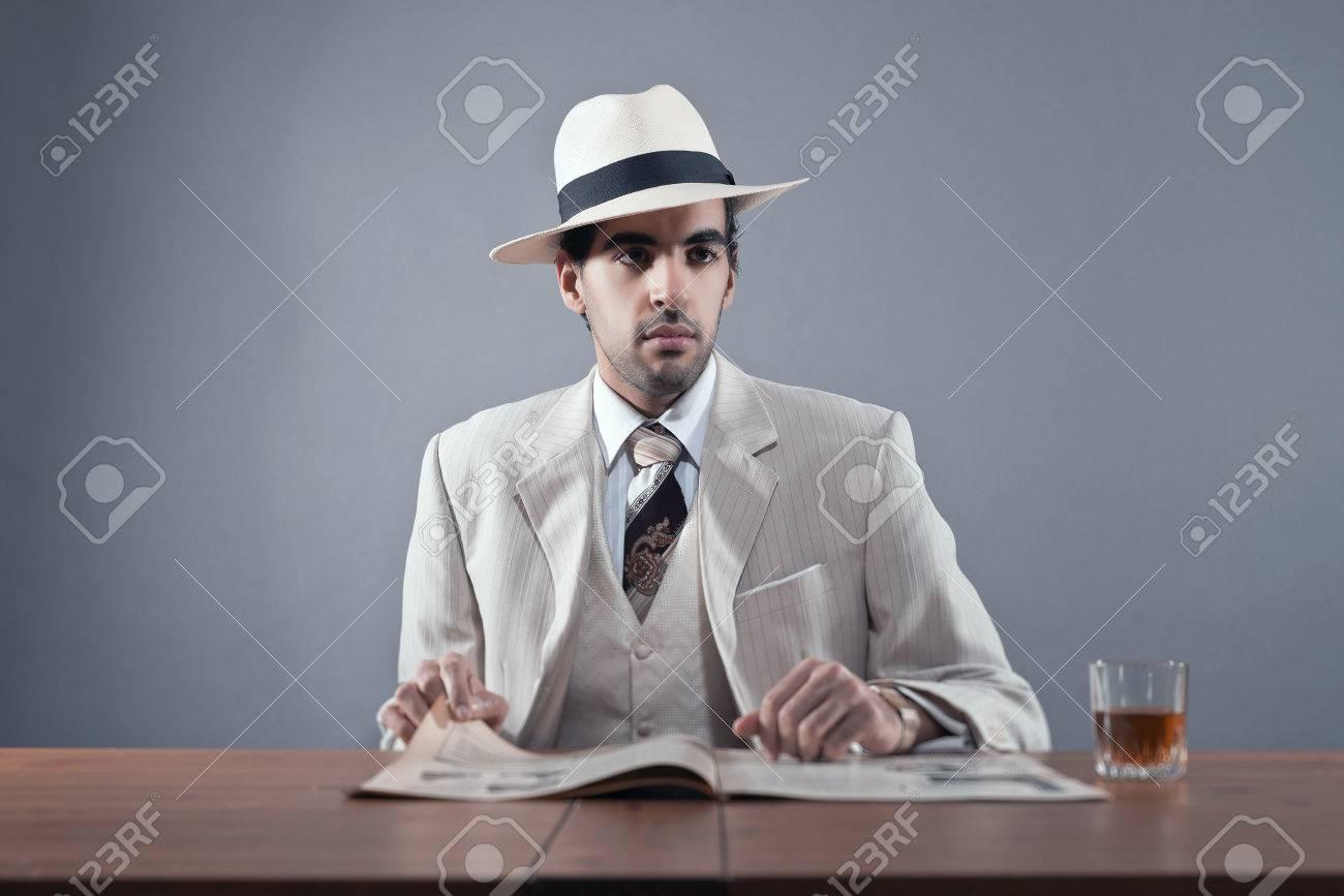 verre a whisky avec chapeau