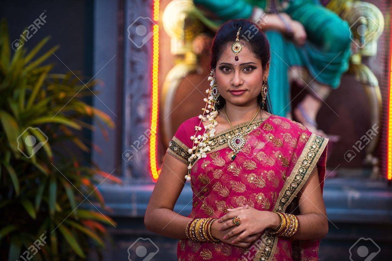 traditional Young indian womanin the temple Stock Photo - 21850347