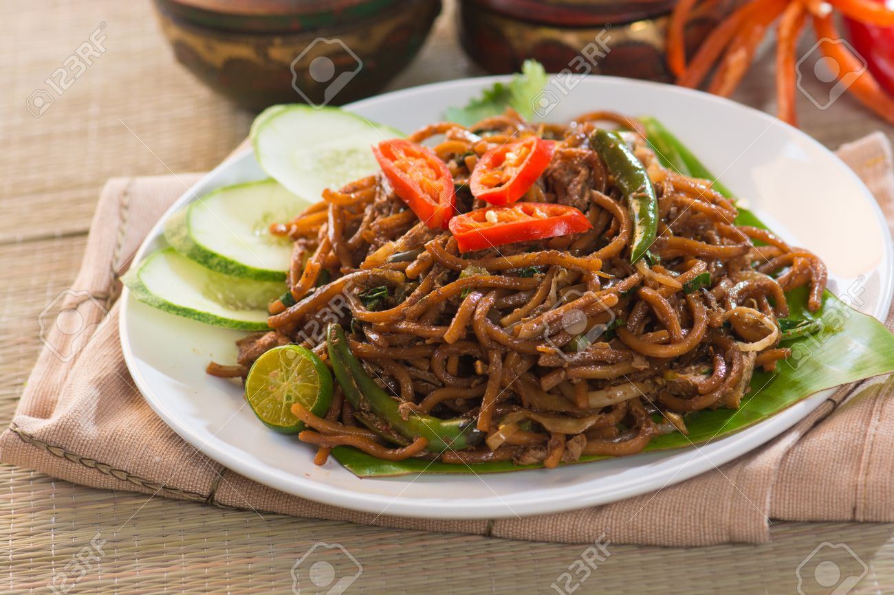 mee goreng mamak, popular cusine in malaysia Stock Photo - 33508687