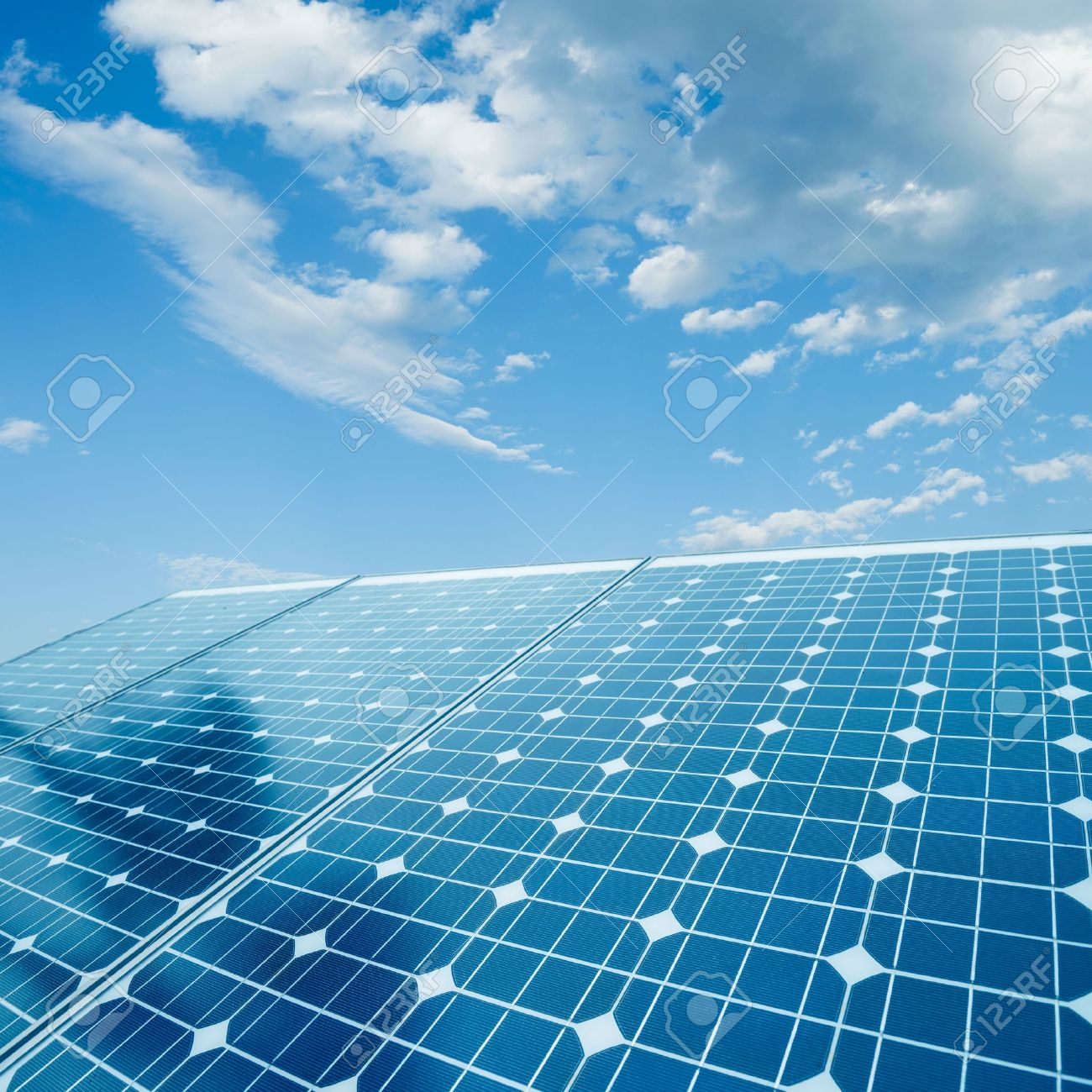 photovoltaic cells and sunlight background - 20201648