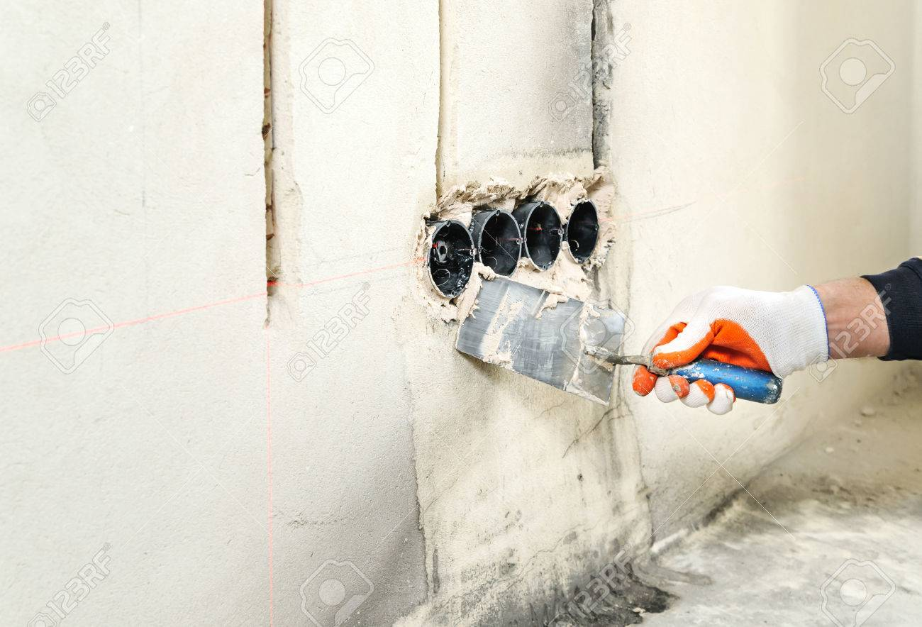 install outlet box in plaster wall