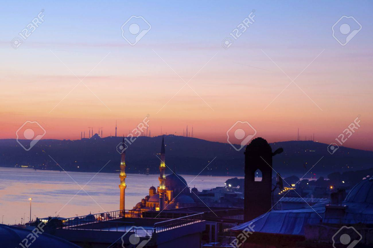 Dawn in Istanbul, Bosphorus Istanbul Landscape. Suleymaniye Mosque from the garden view. - 70605689