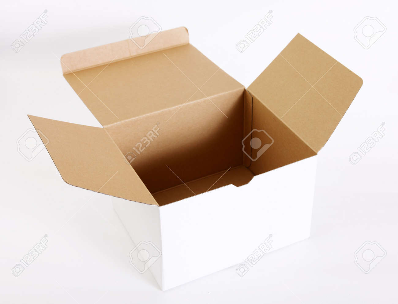 Open cardboard box on white background. Empty image Stock Photo - 6231336